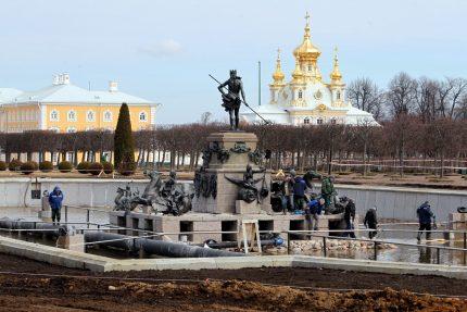 гмз петергоф фонтан нептун реставрация
