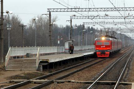 железная дорога железнодорожный транспорт электричка электропоезд станция платформа низовская