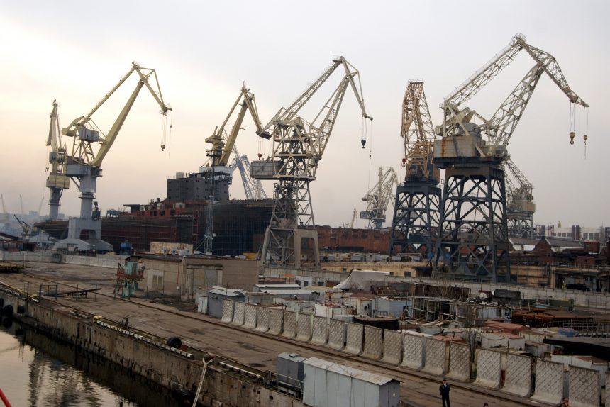 балтийский завод промышленность производство судостроение краны