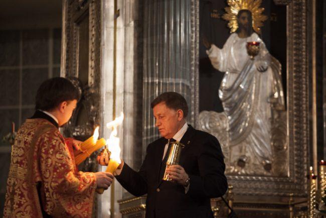 .пасха православие церковь рпц  вячеслав макаров благодатный огонь