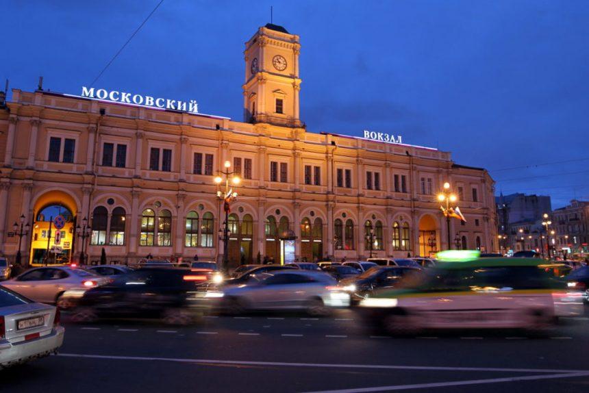площадь восстания московский вокзал