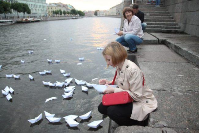 кораблики, река памяти