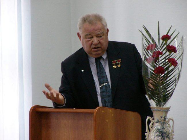космонавт Георгий Гречко в БГТУ Военмех