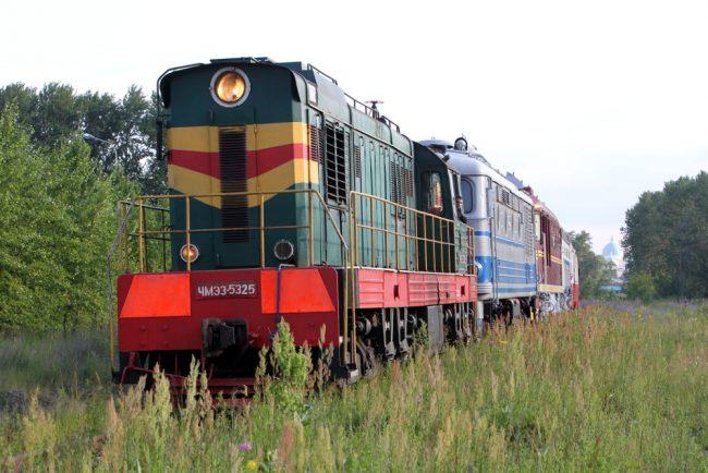 вывоз железнодорожной техники из музея на варшавском вокзале тепловозы электровозы вагоны