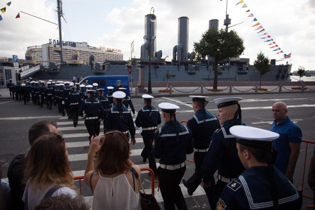 день военно-морского флота вмф крейсер аврора моряки матросы