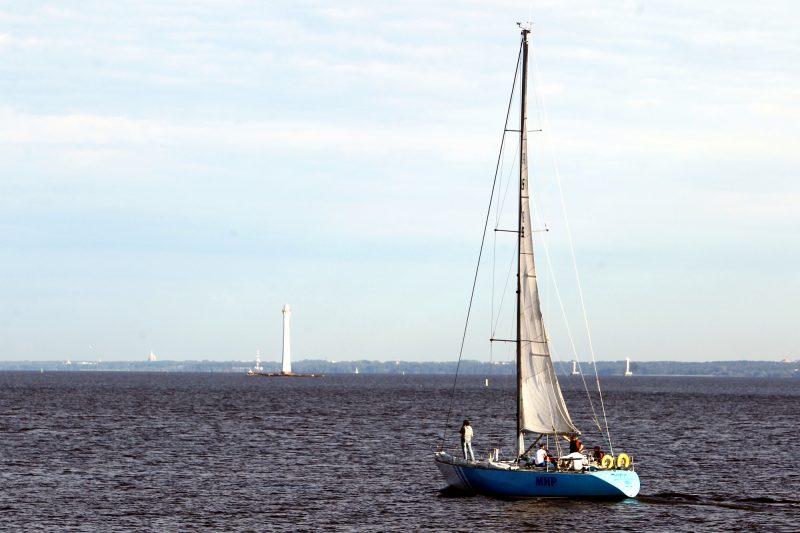 яхта маяк финский залив