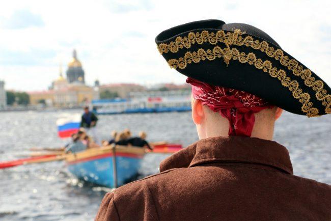 морской фестиваль шлюпки костюм