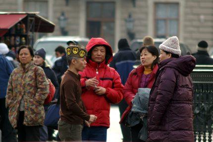 иностранные туристы в петербурге китайцы