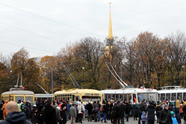 празднование 80-летия троллейбуса горэлектротранс дворцовая площадь адмиралтейство