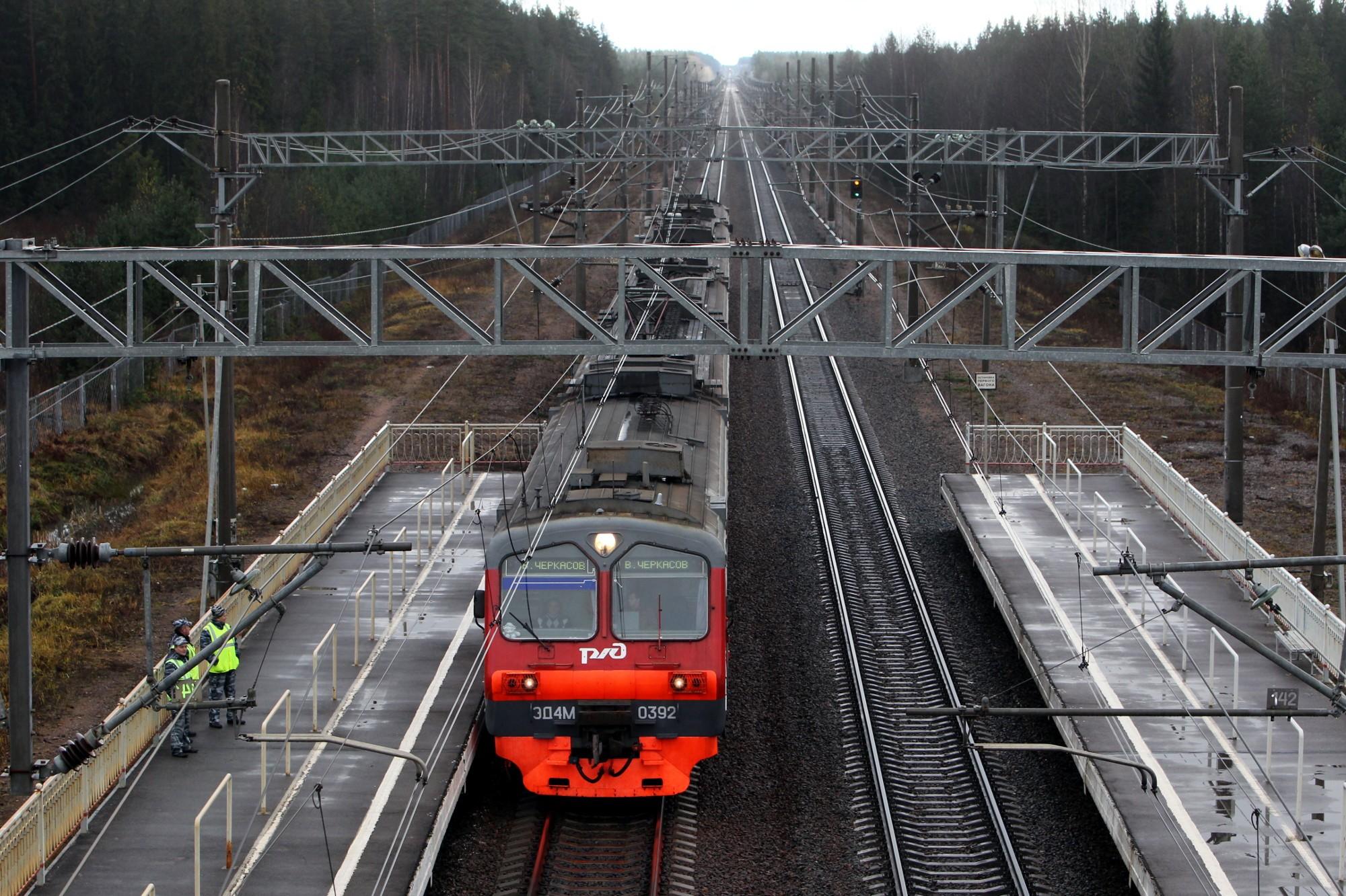 железная дорога выборгского направления станция горьковское ленинградская область электричка электропоезд
