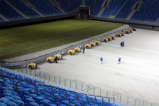 стадион на крестовском острове зенит-арена выкатное поле