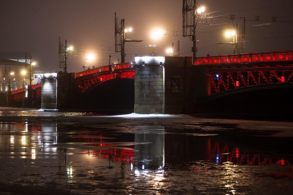 красный дворцовый мост китайский новый год