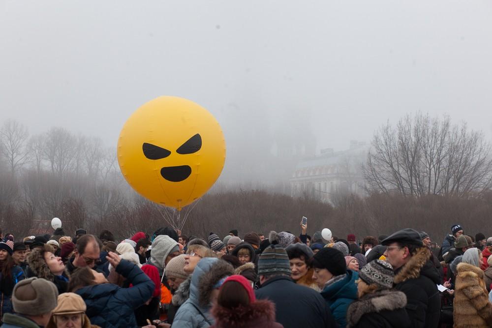 митинг против передачи Исаакиевского собора РПЦ / Марсово поле