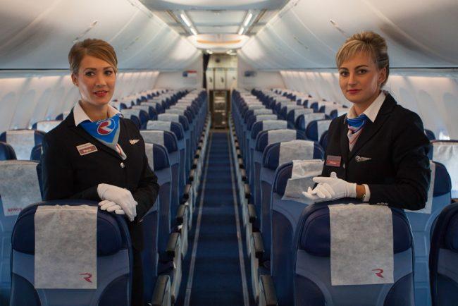 самолёт гатчина авиакомпания Россия салон самолёта стюардессы