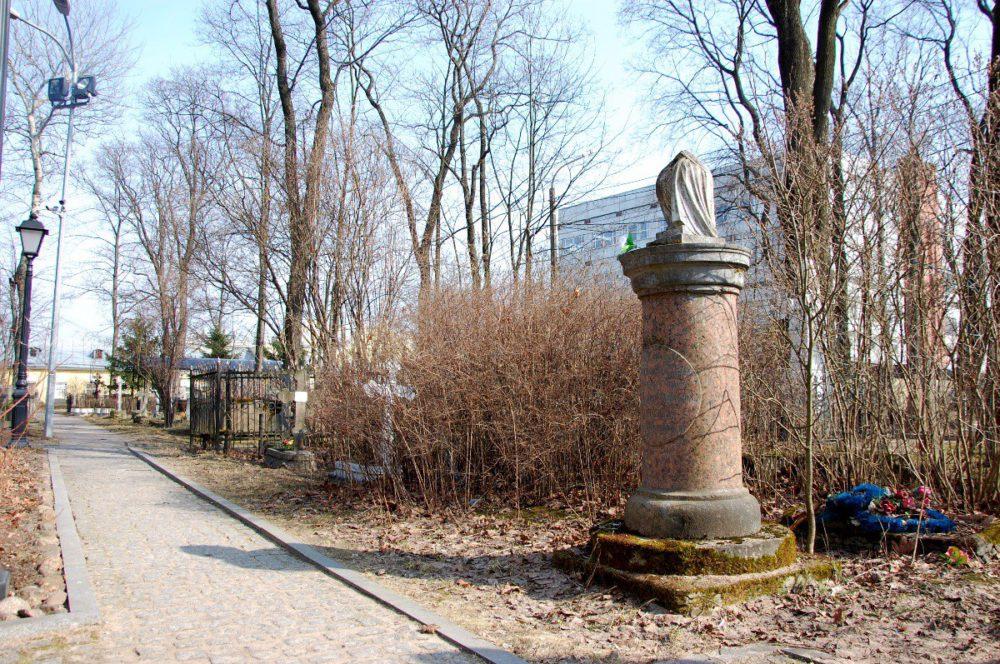 вид смоленского кладбища