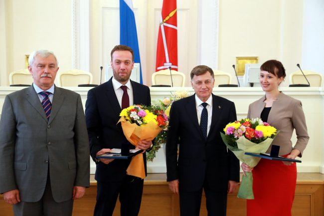 Полтавченко Макаров вручение премии в области науки и образования