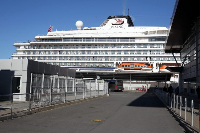 морской пассажирский порт круизный лайнер viking sky