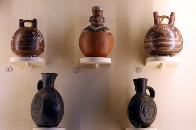 Кунсткамера музей антропологии и этнографии выставка Латинская Америка керамика вазы