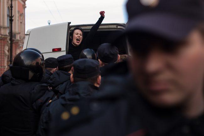 первомайская демонстрация первое мая полиция задержание лгбт