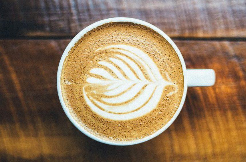 Что вреднее - кофе или энергетики? Рассказывает кардиолог