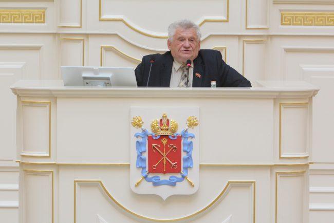 """""""Господа профессиональные заседатели..."""": в ЗС выступили представители малых партий"""