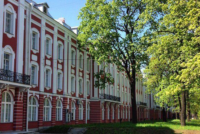 Счётная палата выявила у СПбГУ неэффективные траты на сумму свыше 500 млн рублей