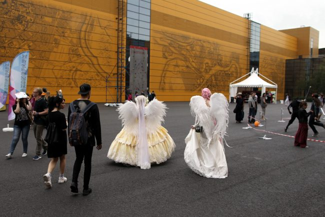 старкон фестиваль косплей фантастика костюмы ангелы