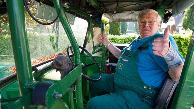 трактор пенсионер