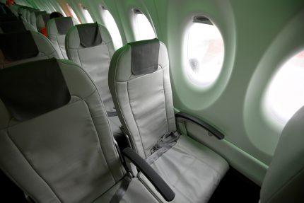 Пулково airBaltic самолет салон
