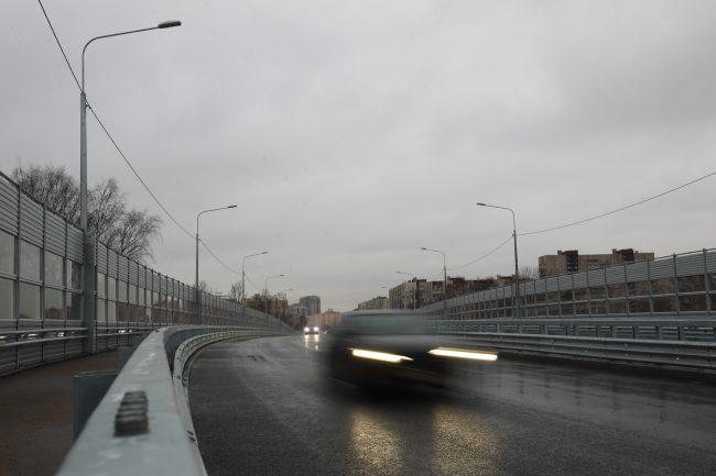 Поклонногорский путепровод автомобили