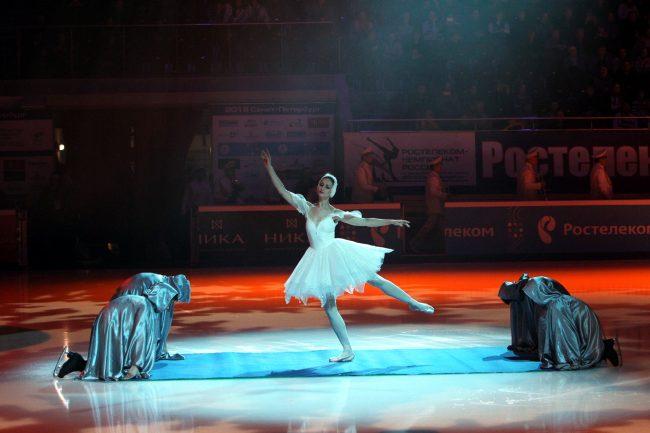 Чемпионат России по фигурному катанию открытие балет