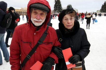 Марсово Поле избиратели выдвижение Навального на выборы президента 2018 пенсионеры