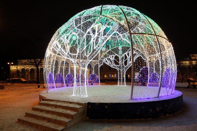 новогоднее оформление Манежная площадь световой купол