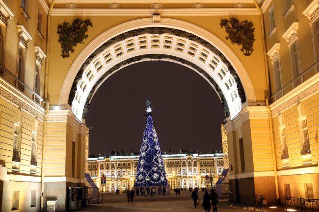 новогоднее оформление Дворцовая площадь арка Главного штаба