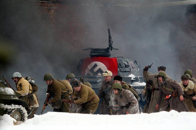 реконструкция Сталинградская битва военная техника свастика танк Красная Армия