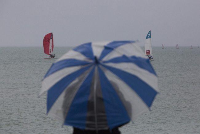 яхтенный спорт Национальная парусная лига Сочи зонт море