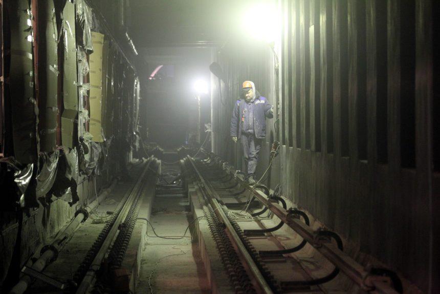 строительство метрополитена станция новокрестовская