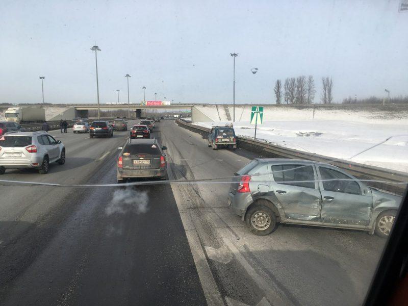 дтп авария столкновение кад кольцевая автодорога