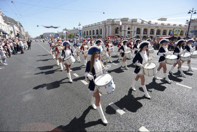 парад барабанщиков барабанщицы невский проспект день города