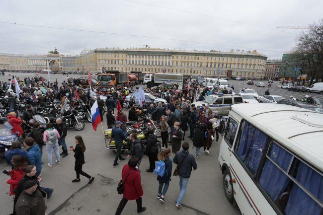 акция он нам не царь, навальный, дворцовая