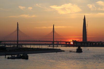 Начало недели в Петербурге будет тёплым и солнечным