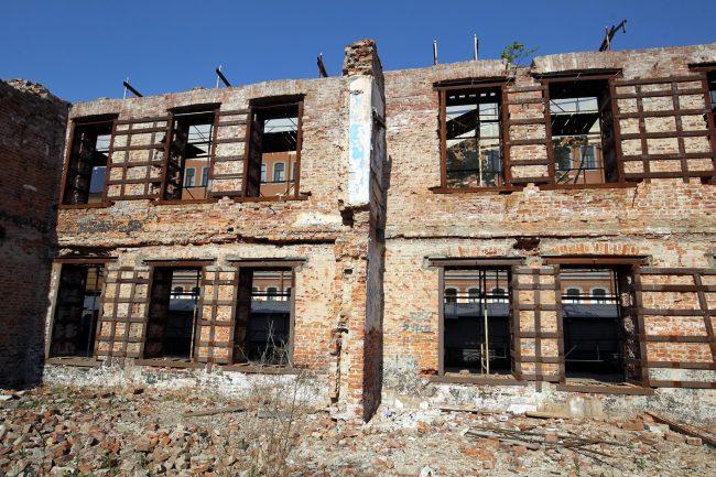 казармы Семёновского полка развалины руины