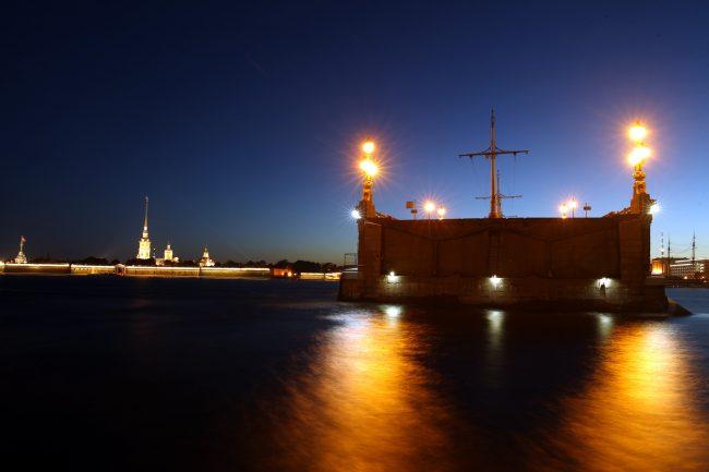 Троицкий мост Нева Петропавловская крепость