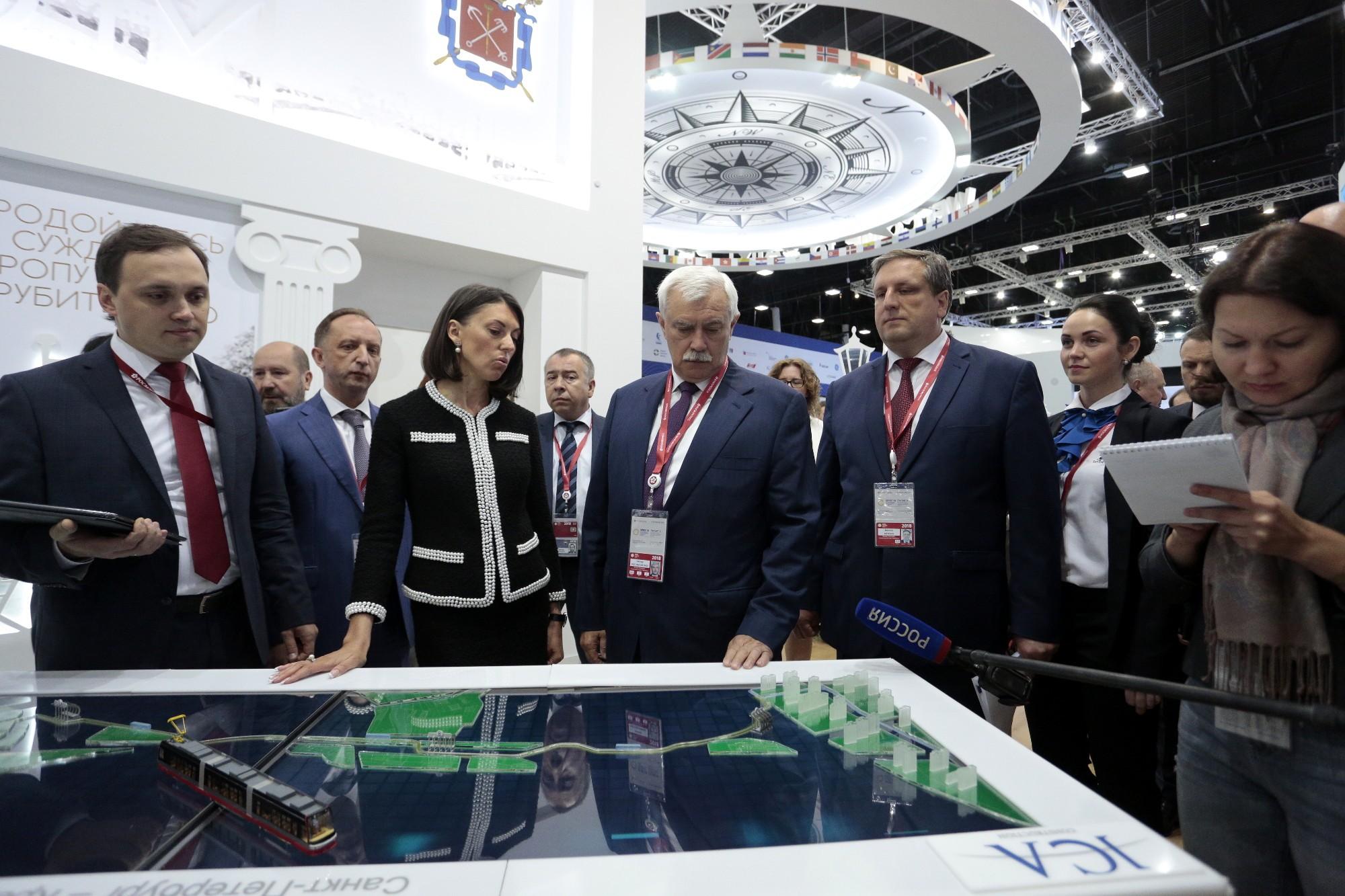 В Петербурге построят развлекательные парки, новый порт и реконструируют СКК