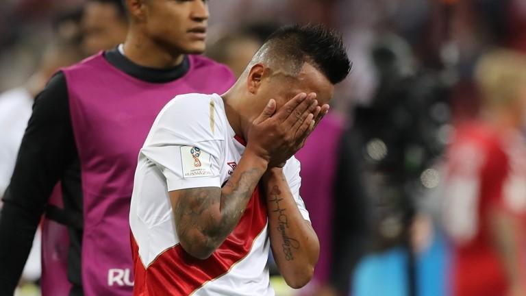 Чемпионат мира по футболу ЧМ-2018 матч Перу Дания