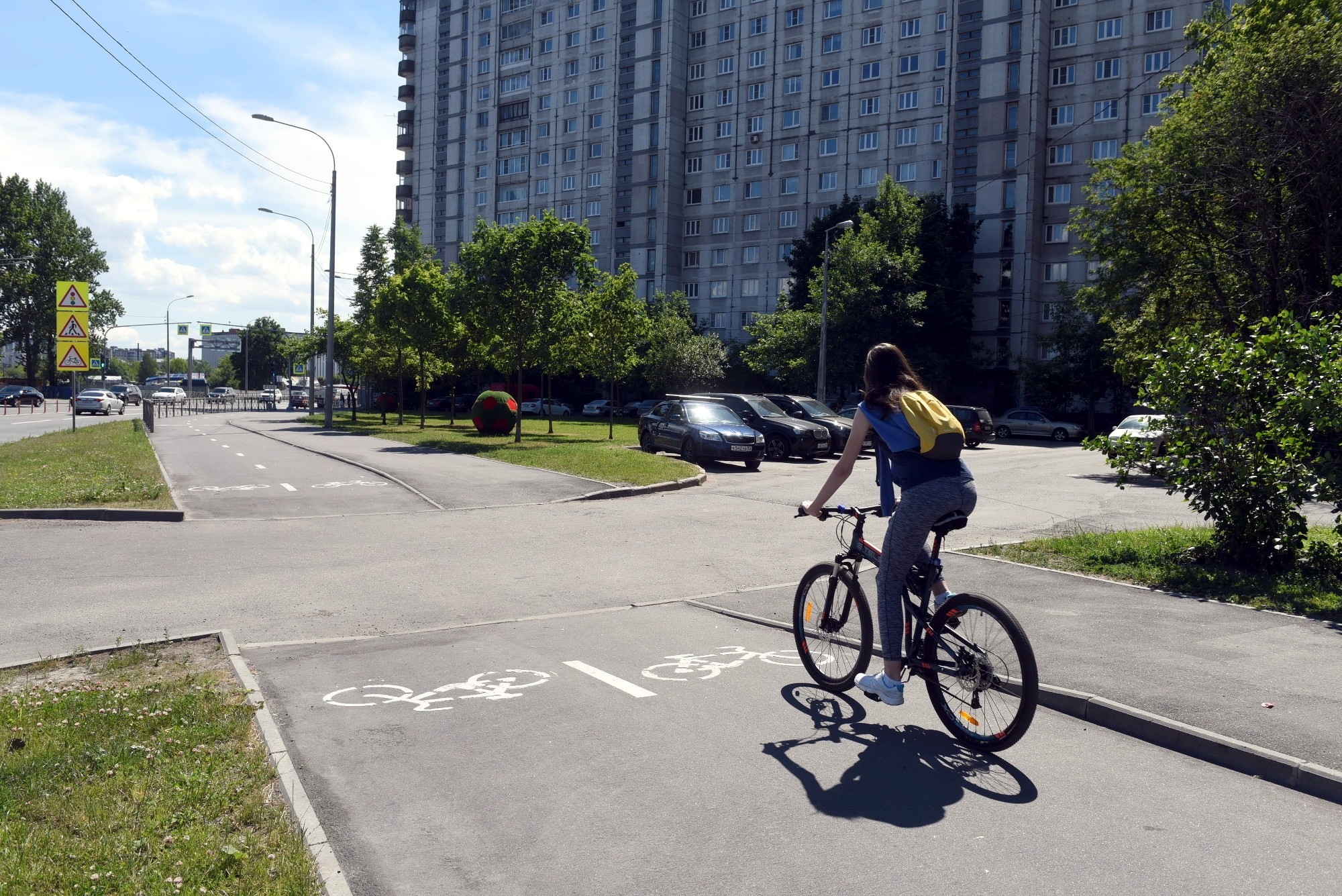 велодорожка велосипедист Морская набережная