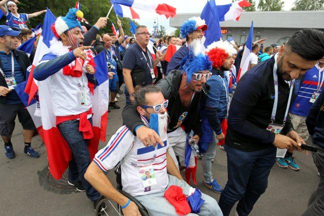 ЧМ-2018 футбол болельщики фанаты Франция инвалид