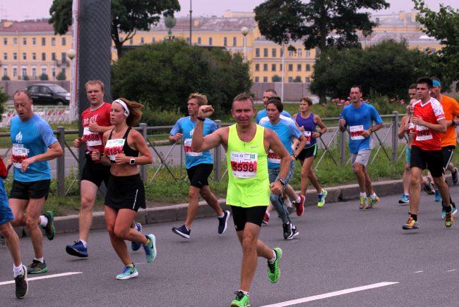 спортсмены бег лёгкая атлетика марафон Белые Ночи