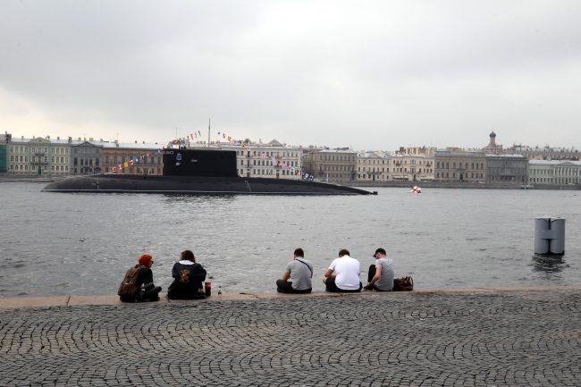 репетиция день ВМФ главный военно-морской парад военные корабли подводная лодка