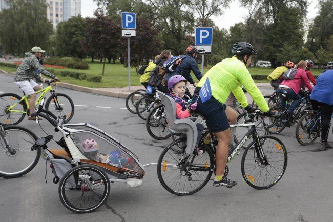 велопробег в Приморском районе, велосипедисты,